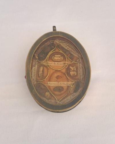 Relic holder, brass, 18th century